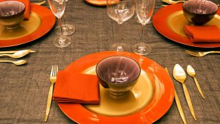 Ideas para vestir la mesa para Navidad - Paso 10