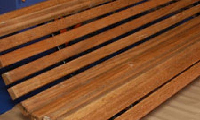 Barnizar banco de exterior bricoman a - Barnizar madera exterior ...