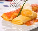 ollitos de tortilla y queso con tomate