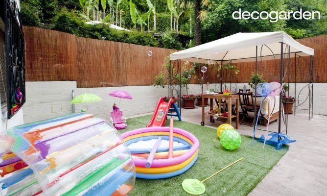 Terraza con zona de juegos decogarden - Como decorar una terraza ...