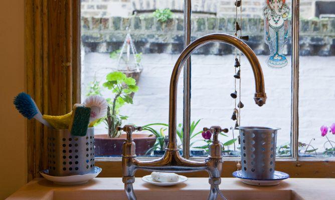 Limpiar las ventanas de la cocina   hogarmania