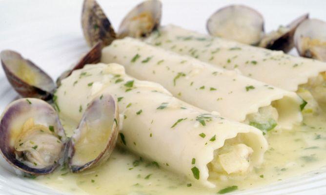 Receta de canelones de pescado en salsa verde bruno oteiza for Canelones de pescado y marisco
