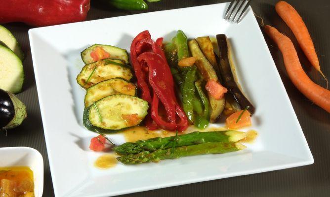 Receta de verduras a la plancha karlos argui ano for Que cocinar con verduras