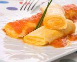 Rollitos de tortilla y queso con tomate