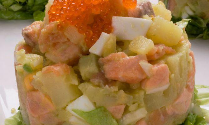 Receta de ensaladilla de patata con salm n y aguacate karlos argui ano - Ensalada con salmon y aguacate ...