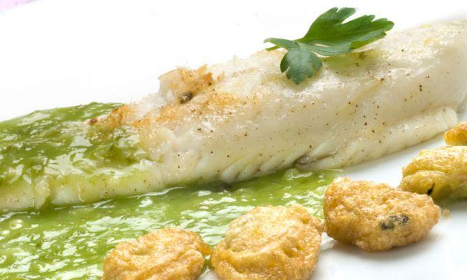 Receta de rodaballo con salsa verde y almejas rebozadas - Salsa verde para almejas ...