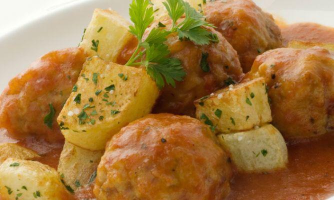 Receta de alb ndigas con salsa barbacoa karlos argui ano for Salsa barbacoa ingredientes