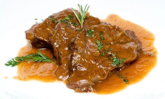 Carretilleras de ternera en salsa en Cocina Carnes Segundo Plato