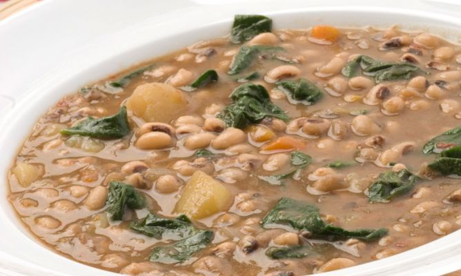 Receta de potaje de carillas con espinacas karlos argui ano - Potaje de garbanzos y judias ...