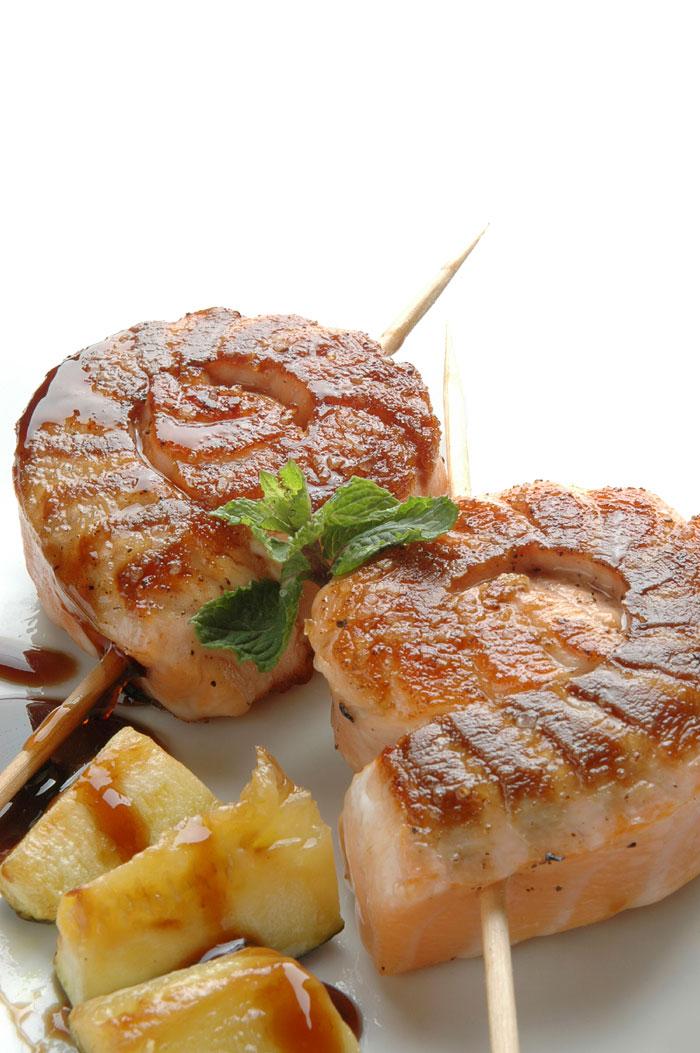 Caracolas de salmón con salsa de menta