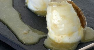Filetes de gallo con salsa de vinagre
