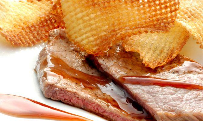 Receta de filetes con salsa dulce karlos argui ano - Filetes de carne en salsa ...