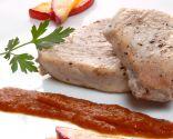 Atún con salsa de ñoras y nectarinas