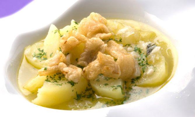 Receta de patatas en salsa verde con tripas de bacalao for Cocina bacalao con patatas