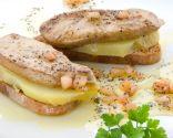 Montaditos de pan con foie y vinagreta de amapola