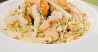 Arroz jazm�n con frutos de mar
