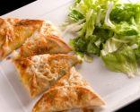 Bocados de carne picante con queso