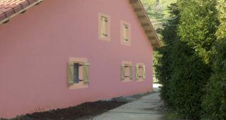 Pintar con spray en casa bricoman a - Pintar fachada casa ...
