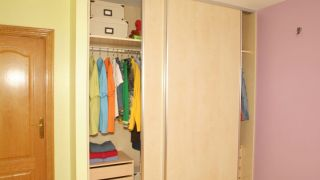 Puertas correderas para armario empotrado