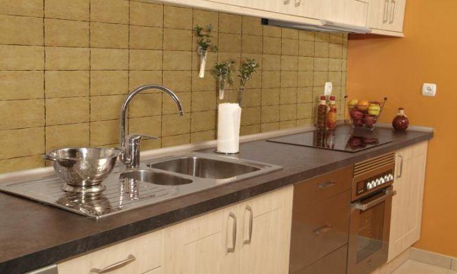Cubrir pared alicatada sin obra bricoman a - Cambiar cocina sin obras ...