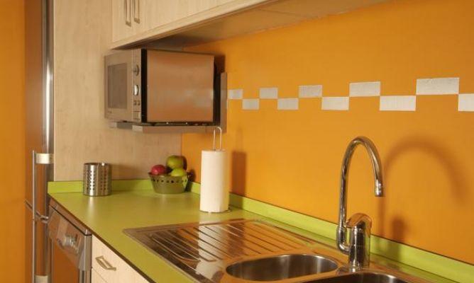 Iluminaci n para encimera de cocina bricoman a for Iluminacion encimera