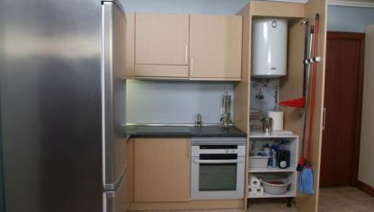 Transformaci n de armario multiusos en zapatero decogarden - Cambiar suelo cocina sin quitar muebles ...