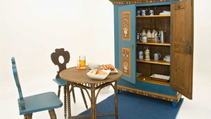 C mo hacer y decorar un armario para la plancha decogarden - Restauracion de muebles antiguos paso a paso ...