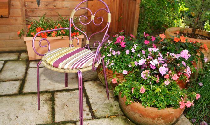 Restaurar silla de hierro exterior bricoman a for Bricolaje de jardin