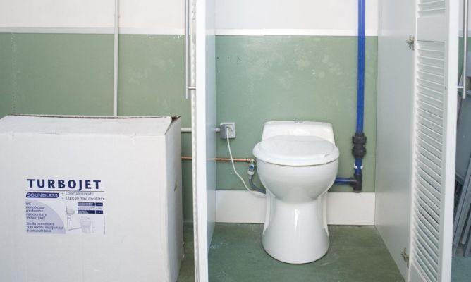 C mo instalar un wc en un s tano sin desag e bricoman a - Inodoro con triturador ...