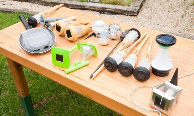 Balizas de jard n solares bricoman a for Colocar adoquines en jardin