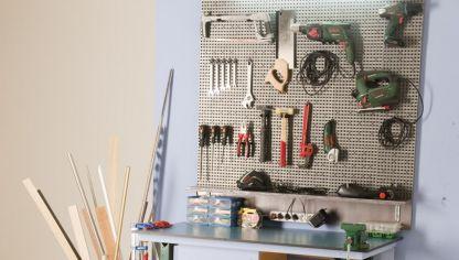 Panel de herramientas bricoman a for Casas de madera para guardar herramientas