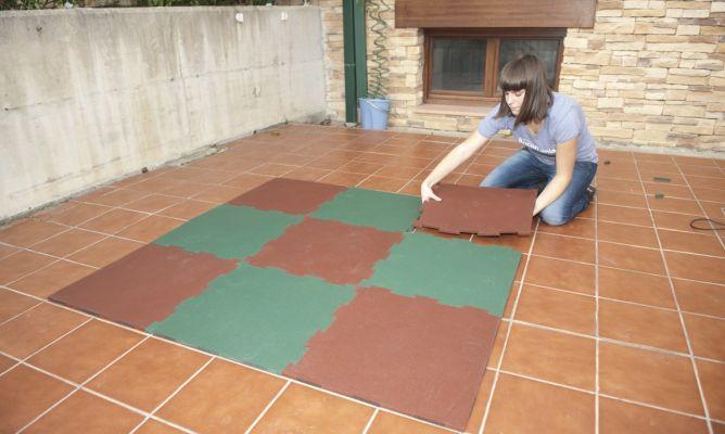 c1f930d128b Instalar suelo de caucho granulado - Bricomanía