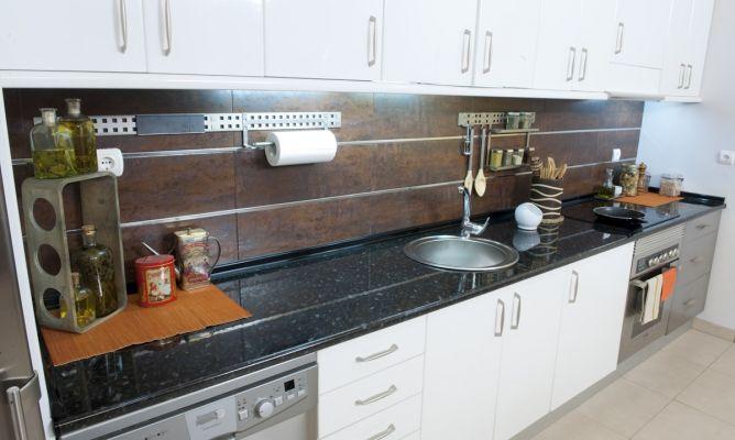 Cambio de encimera de cocina bricoman a - Encimeras de cocina aglomerado ...
