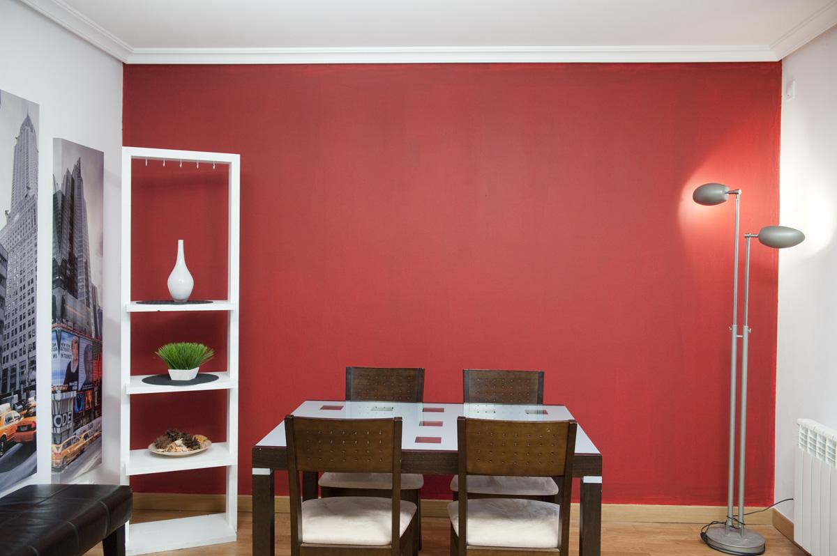 5 ideas de bricolaje f ciles de hacer para renovar el - Pintar salon pequeno dos colores ...