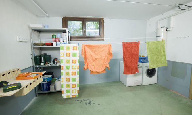 Instalar tendedero de ropa bricoman a - Tendederos de interior ...