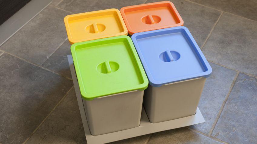 Cubos de reciclaje cubos de reciclaje cubos y papeleras - Ikea cubo ropa ...