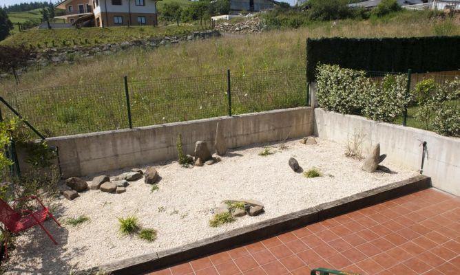 Derivaci n de grifo exterior bricoman a for Jardin zen exterior