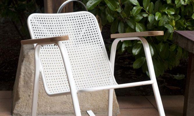 Restaurar una silla y convertirla en mecedora bricoman a - Restaurar una silla de madera ...