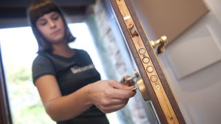 Cambiar el bombín de la puerta
