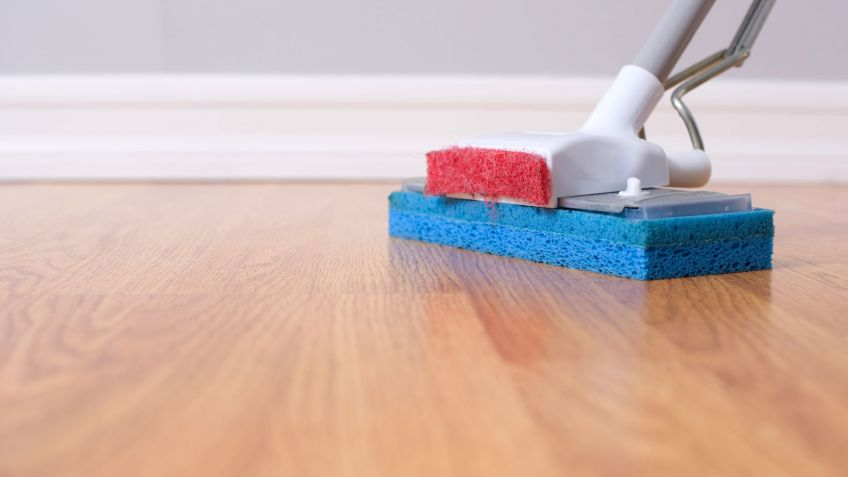 C mo limpiar suelos y paredes - Limpiar suelo madera ...