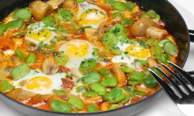 Receta de champi ones con habas y huevos de codorniz - Habas frescas con jamon ...