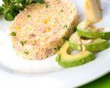 Ensalada de arroz con aguacate y palmito