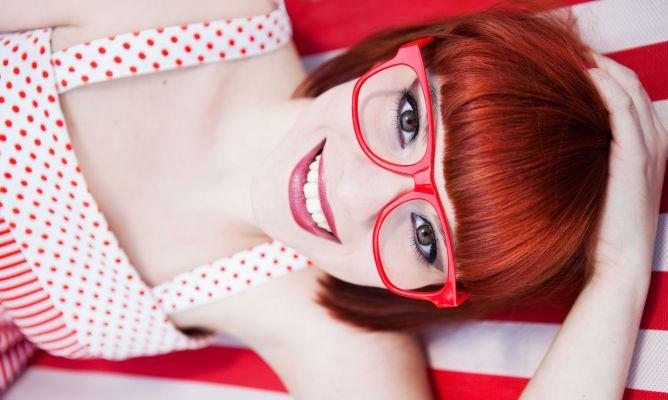 218ea07d31 Consejos para elegir color de gafas - Hogarmania