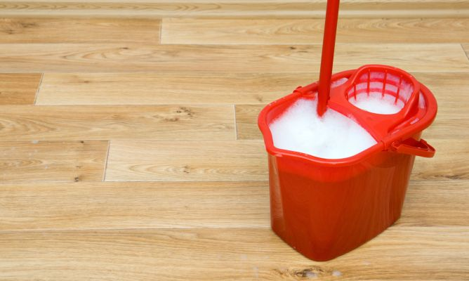 Limpiar suelos de madera o gres hogarmania - Suelos de gres para cocinas ...