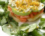 Ensalada de berros, tomate y aguacate
