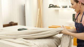 Decoramos un dormitorio personalizado y original, ¡con cabecero de tela! - Paso 5