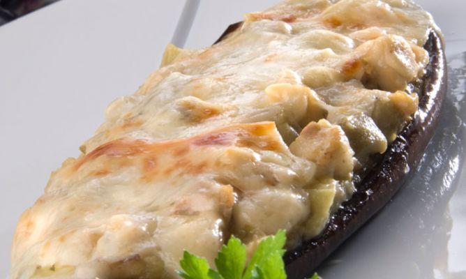 Receta de berenjenas rellenas de pollo karlos argui ano for Cocina berenjenas rellenas