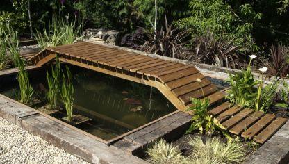C mo hacer un estanque para el jard n bricoman a for Como oxigenar el agua de un estanque sin electricidad