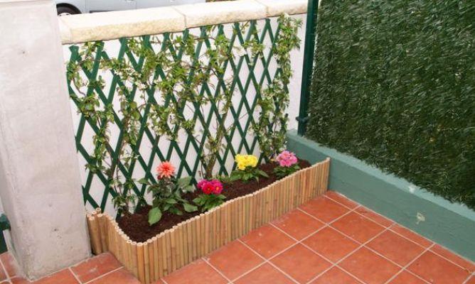 Instalaci n de celos a en jard n bricoman a for Celosia de madera para jardin