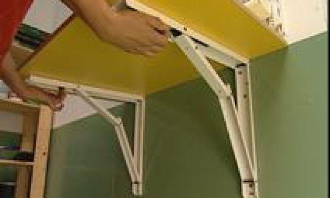 Instalacion de mesa auxiliar abatible bricoman a for Mesa abatible pared cocina